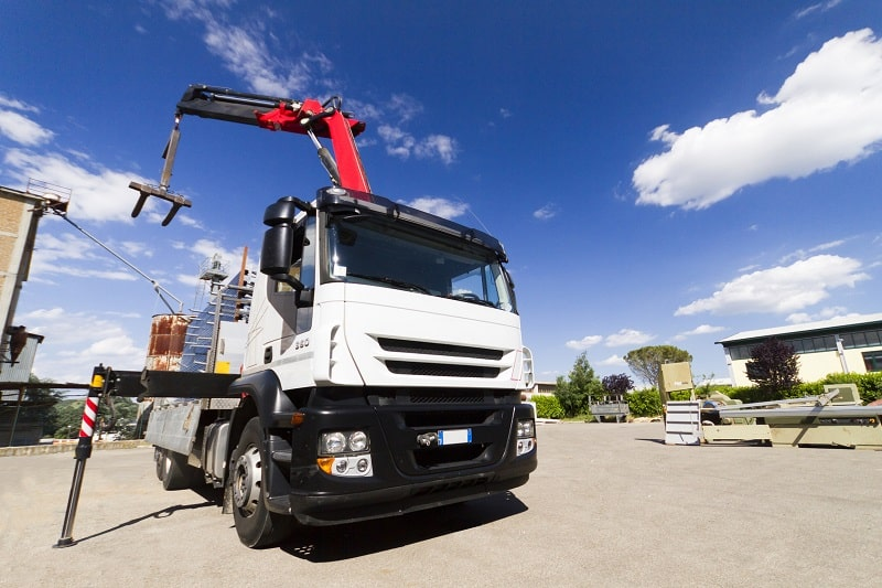 Things to Look For In a Crane Truck Rental Service