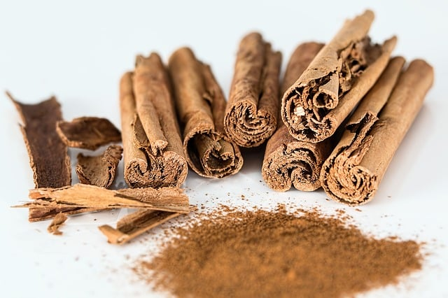 Ritual protection with cinnamon