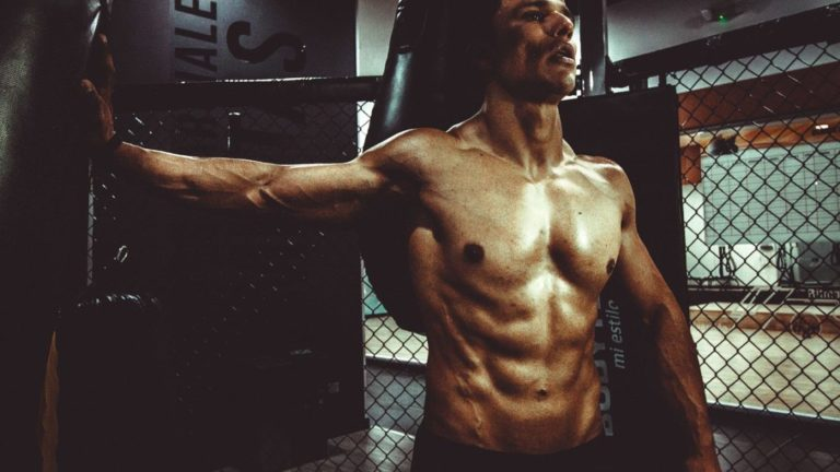 5 striking tips to lose fat and retain muscles