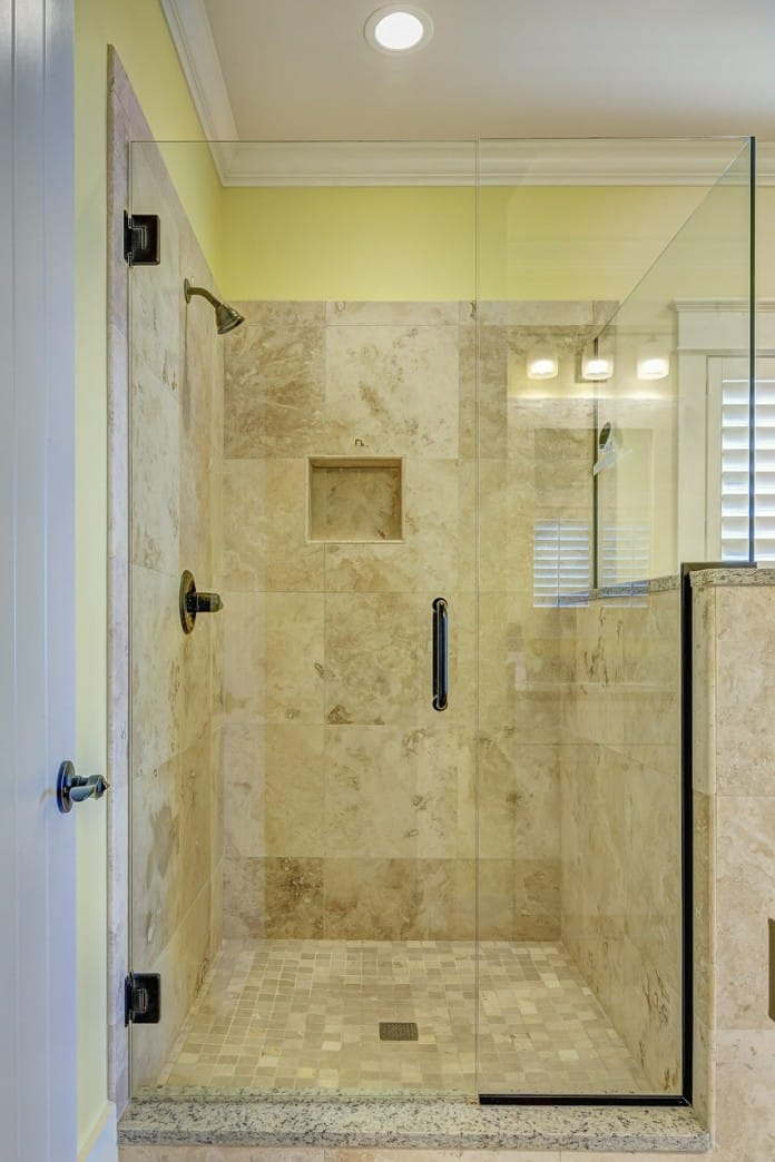 Easy Access Showers Reduce Injury Risk, Seekyt