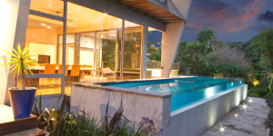 10 Considerations For Choosing A Swimming Pool Builder